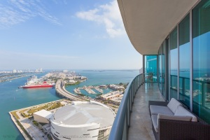 marina blue condo view bay downtown miami buy invest purchase